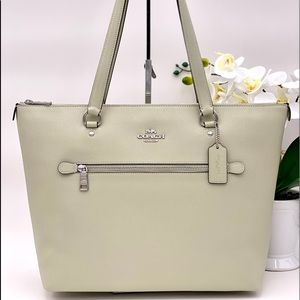 Coach Gallery Tote Shoulder Bag Pale Green